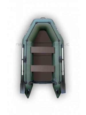 Čln Kolibri KM-260 P zelený, pevná podlaha + By Döme Team Feeder Carp Fighter 60 zdarma