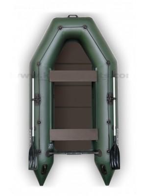 Čln Kolibri KM-330 P zelený, pevná podlaha + By Döme Team Feeder Carp Fighter 60 zdarma